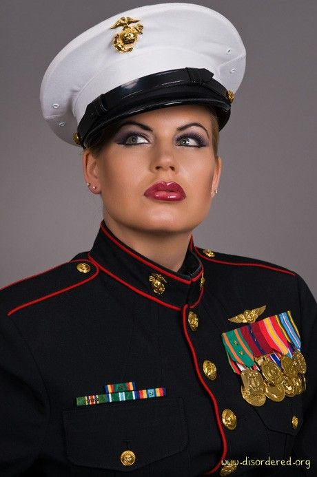 Pictures female marines dress blues