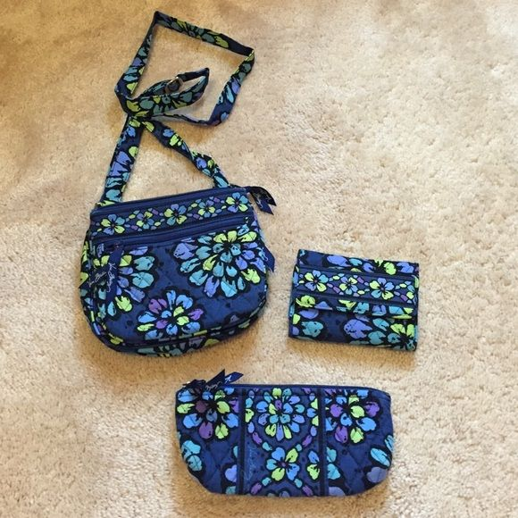 Selling this Indigo pop bundle in my Poshmark closet! My username is: mstanwick. #shopmycloset #poshmark #fashion #shopping #style #forsale #Vera Bradley #Accessories