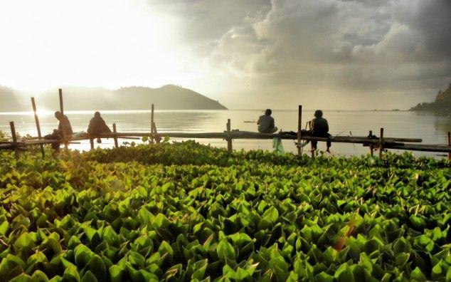 Sumatra Wat Te Doen Bij Samosir Island En Het Tobameer Lake Toba Bezienswaardigheden