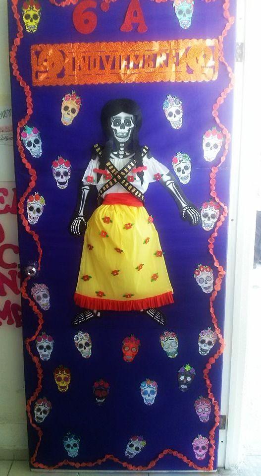 Puerta decorada de d a de muertos noviembre puertas for Puertas decoradas dia del libro