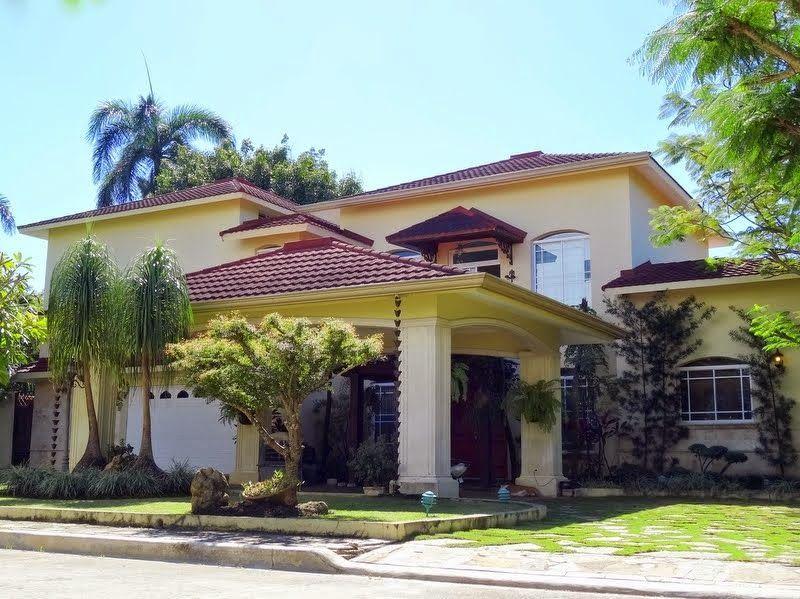 Hermosa residencia por debajo precio tasación Santiago