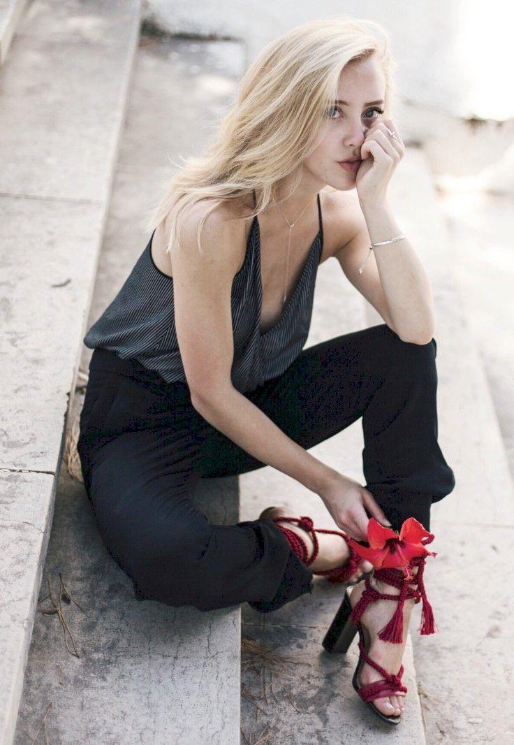 PORTUGAL - Framboise Fashion in Music Ambiance http://gv.lauderlis.net/framboise_fashion_3.php