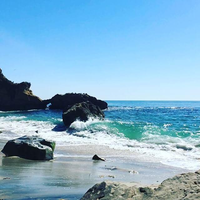 Treasure Island Laguna Beach: Slo-mo Surf Break. Playing With My New IPhone. Samsung
