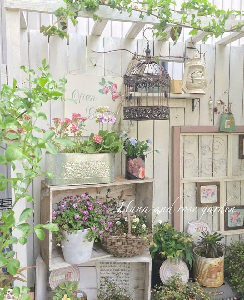 "Shabby and Charming: In Japan, a great ""shabby garden""  arredare il giardino  Pinterest  庭 ..."