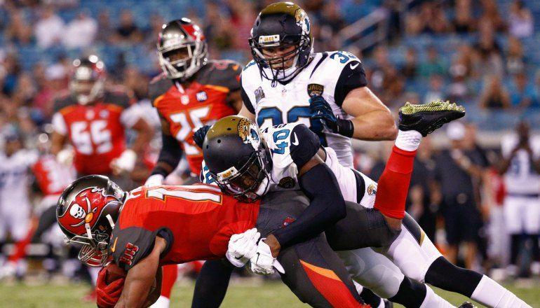 Jacksonville Jaguars Vs Tampa Bay Bucs Live Scores And Nfl Results Stream Buccaneers Vs Jags Freetv Radio Online Reca Jacksonville Jaguars Nfl Week Jaguars