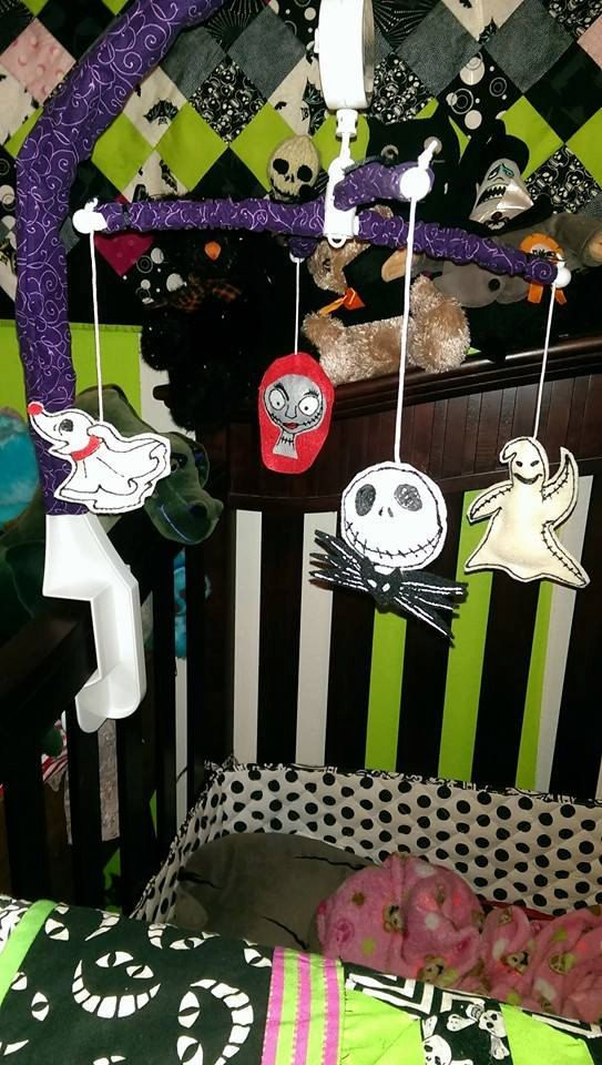 nightmare before christmas baby mobile by deadlydarlings on etsy chloe paige pinterest babies etsy and nursery