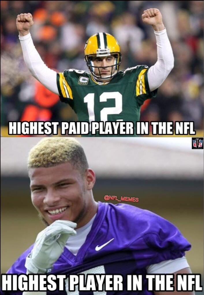 Nfl Memes Nfl Memes S Twitter Pic Nfl Memes Follow Aaron Rodgers Vs Tyrann Football Memes Funny Football Memes Nfl Memes