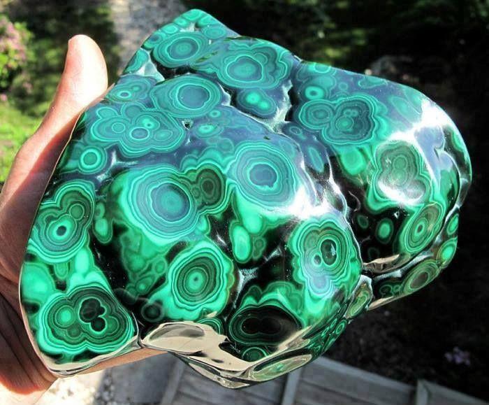 amazing malachite stone