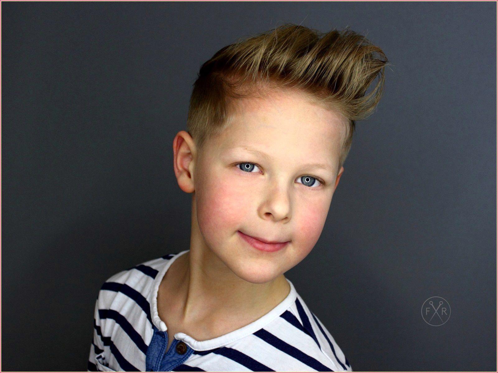 Jungsfrisuren in 8 (mit Bildern)  Jungs frisuren, Frisur