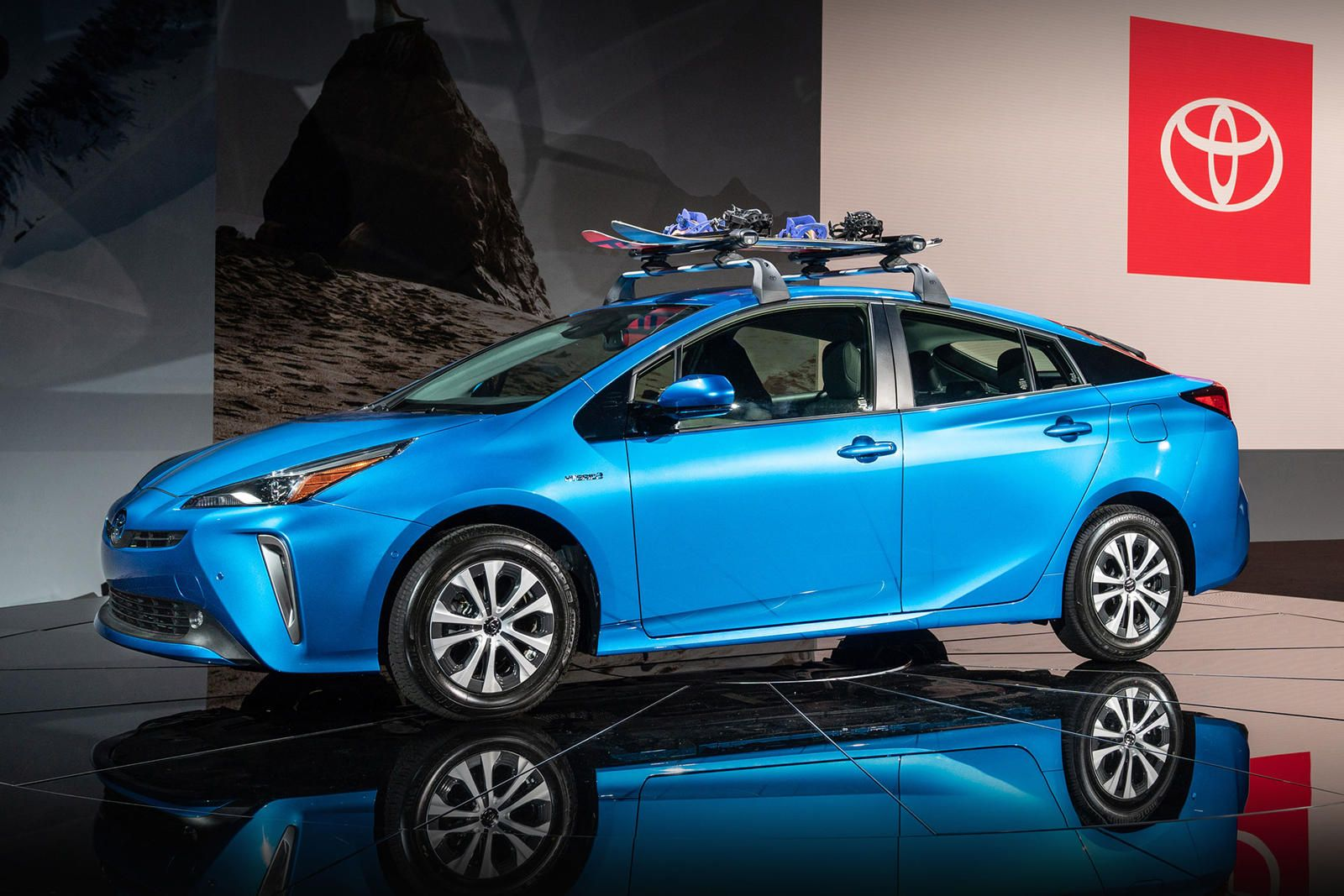 Here S How Much Awd Will Cost On New Toyota Prius Toyota Prius