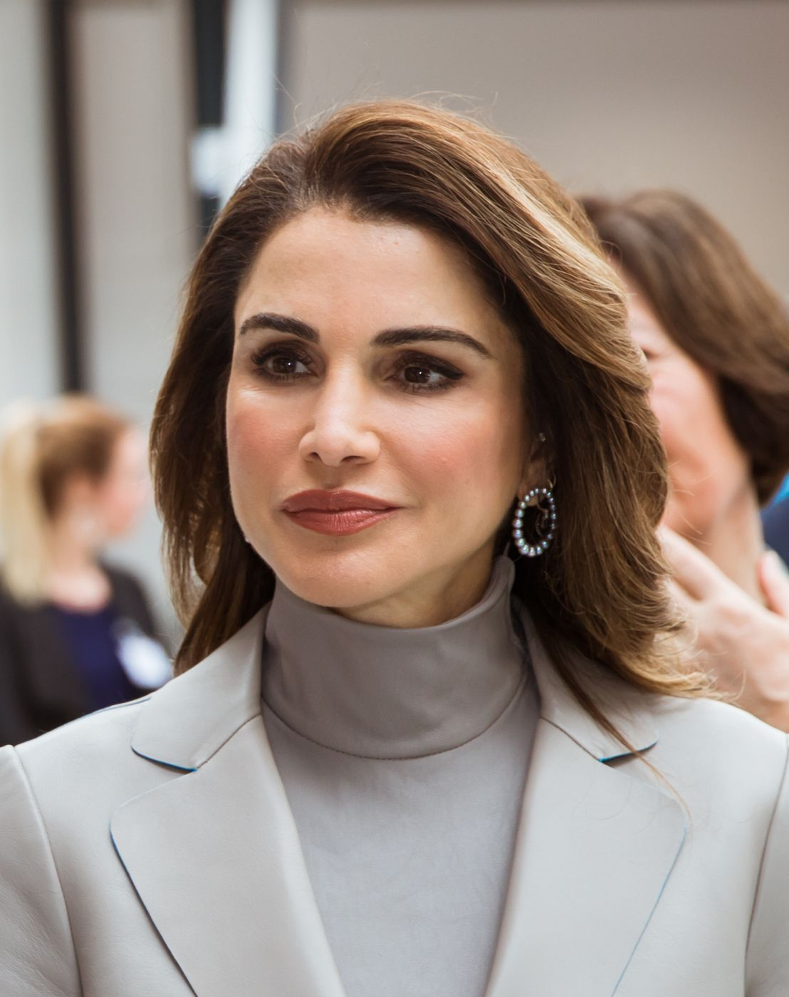 Image result for queen rania 2018 hair