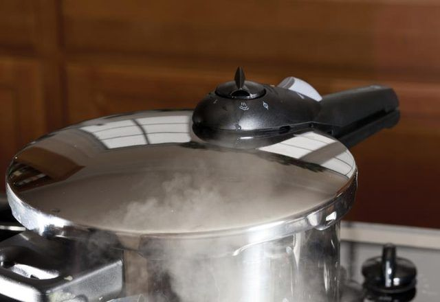 how to pressure cook chicken gizzards before frying