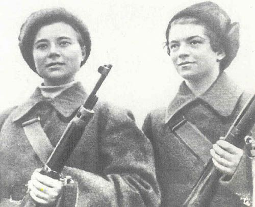 Best Soviet Female Snipers Of WWII When the Germans finally reached the trench, Natalya detonated the grenades, killing herself and many German soldiers. She was posthumously awarded the Hero of the Soviet Union shortly after, in recognition of her sacrifice.