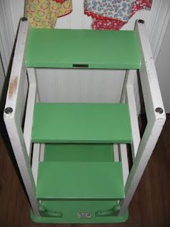 Wondrous Hoosier Step Stool In Green Chives Paint No Brand Of Evergreenethics Interior Chair Design Evergreenethicsorg
