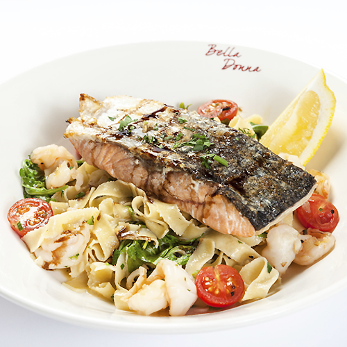 We are excited to introduce the new item on Bella Donna menu – Salmone Alla Griglia! Fresh salmon steak served on a bed of fettuccini with chili, garlic, prawns and roquette with lemon olive oil sauce. Try it please and let us know what you think!