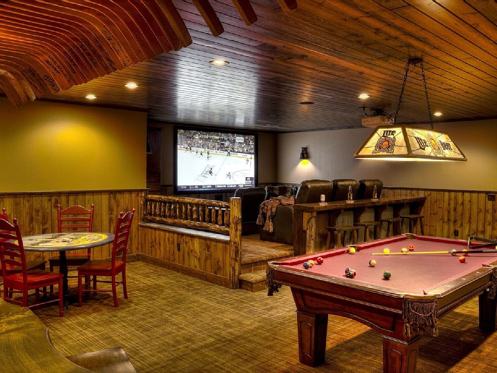 crosslake cross lake vacation rental lower level game room
