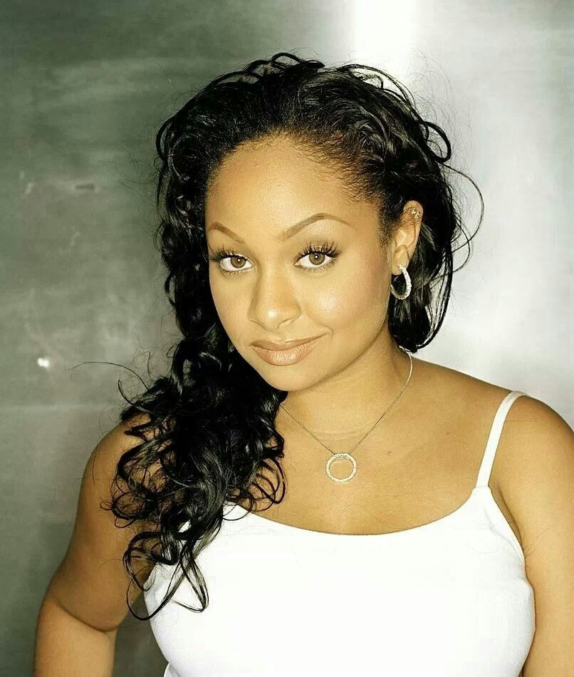 """regarding her sexual orientation,Raven Symoné wrote on Twitter in May 2012: """"My sexual orientation is mine, and the person I'm dating's to know. I'm not one for a public display of my life."""" In August 2013, Raven-Symoné commented on legalizing gay marriage, """"I was excited to hear today that more states legalized gay marriage. I, however am not currently getting married, but it is great to know I can now, should I wish to"""".[45]"""