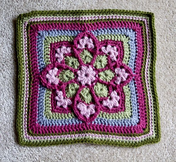 Stained Glass Afghan Square pattern by Julie Yeager :) | Afghans ...