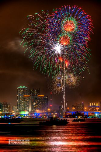 Miami Downtown Fireworks 4th July Fireworks Magic City Scenery