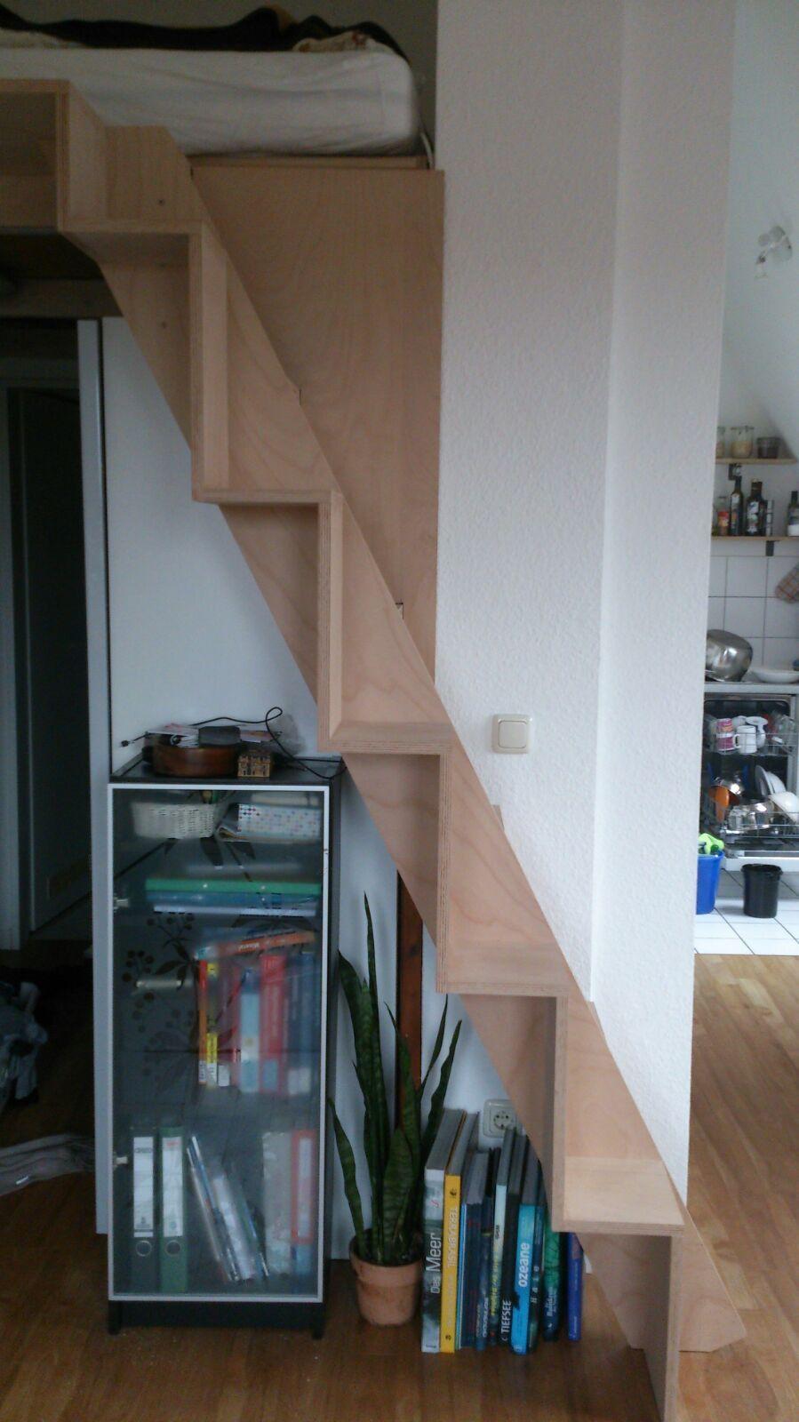 samba treppe - auf zum neuem hochbett | erste eigene wohnung, Wohnzimmer dekoo