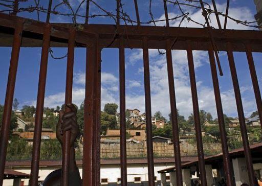 Matan Tres Guardias Durante Escape De 250 Presos De Cárcel Del Congo