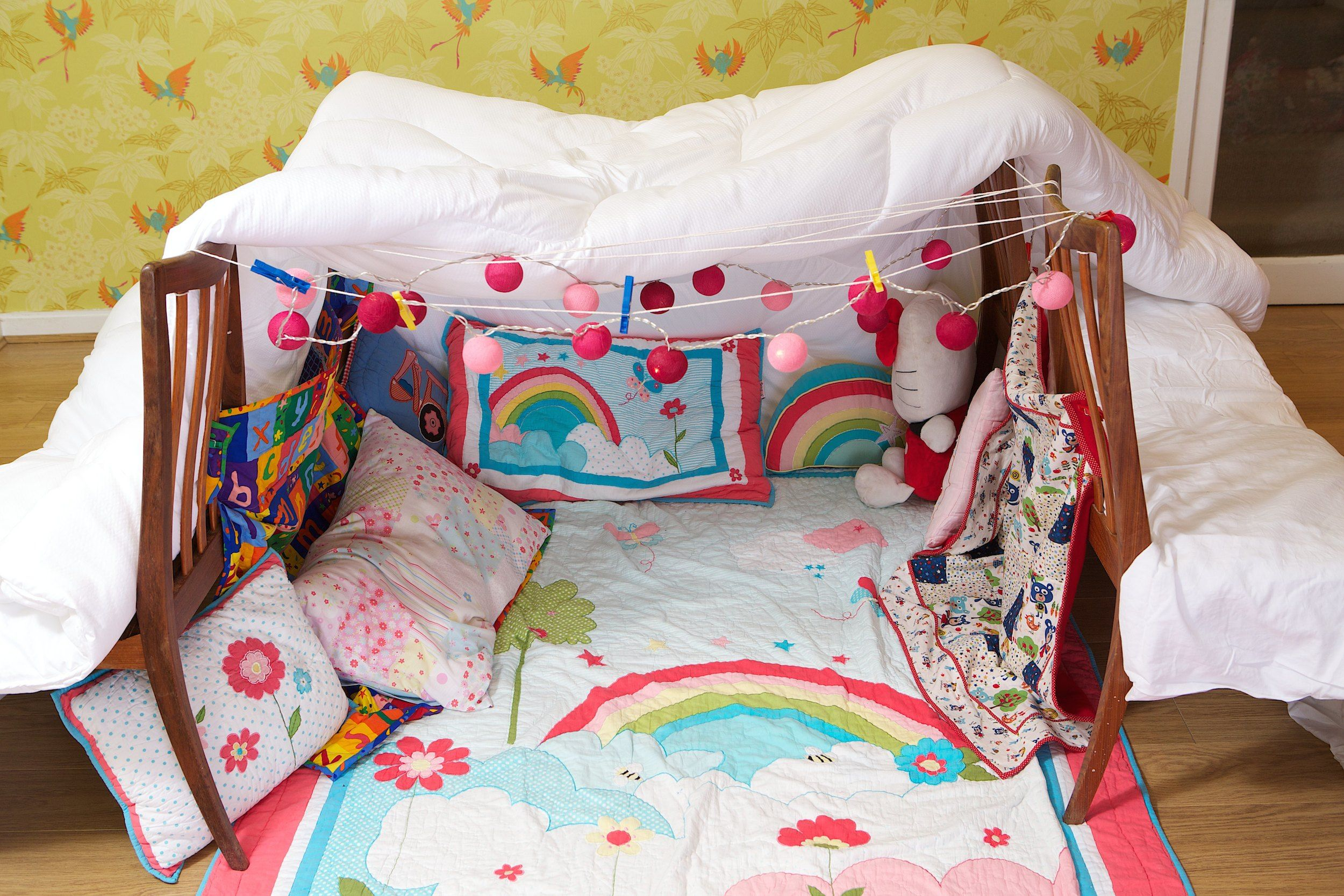 How To Build a Duvet Den (With images) | Fine bedding, Duvet ...