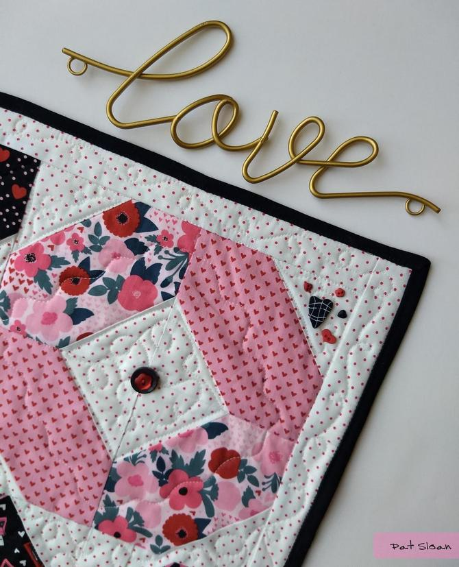 Hello Luv! A new free table mat pattern Quilt patterns