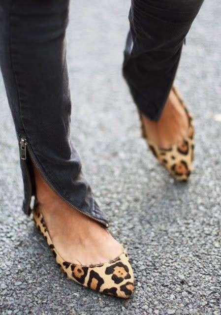 più amato f7972 93e62 Ankle boot leopardati sotto jeans bianchi. | Progetti da ...