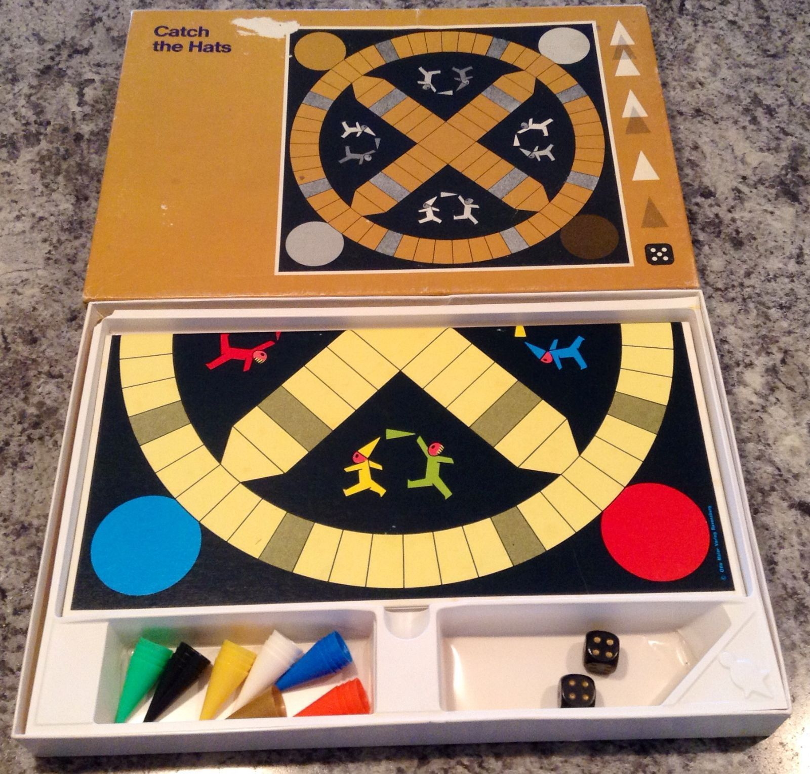 1972 Ravensburger Creative Playthings Catch the Hats game