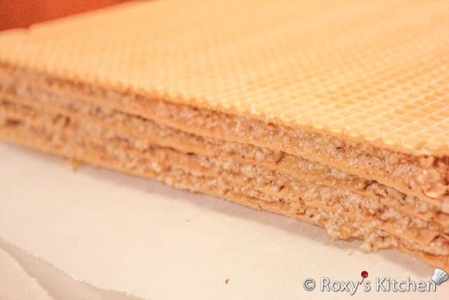 Wafer Sheets with Walnut Cream II-10