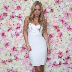 Deluxe Strapless Bodycon Dress In White
