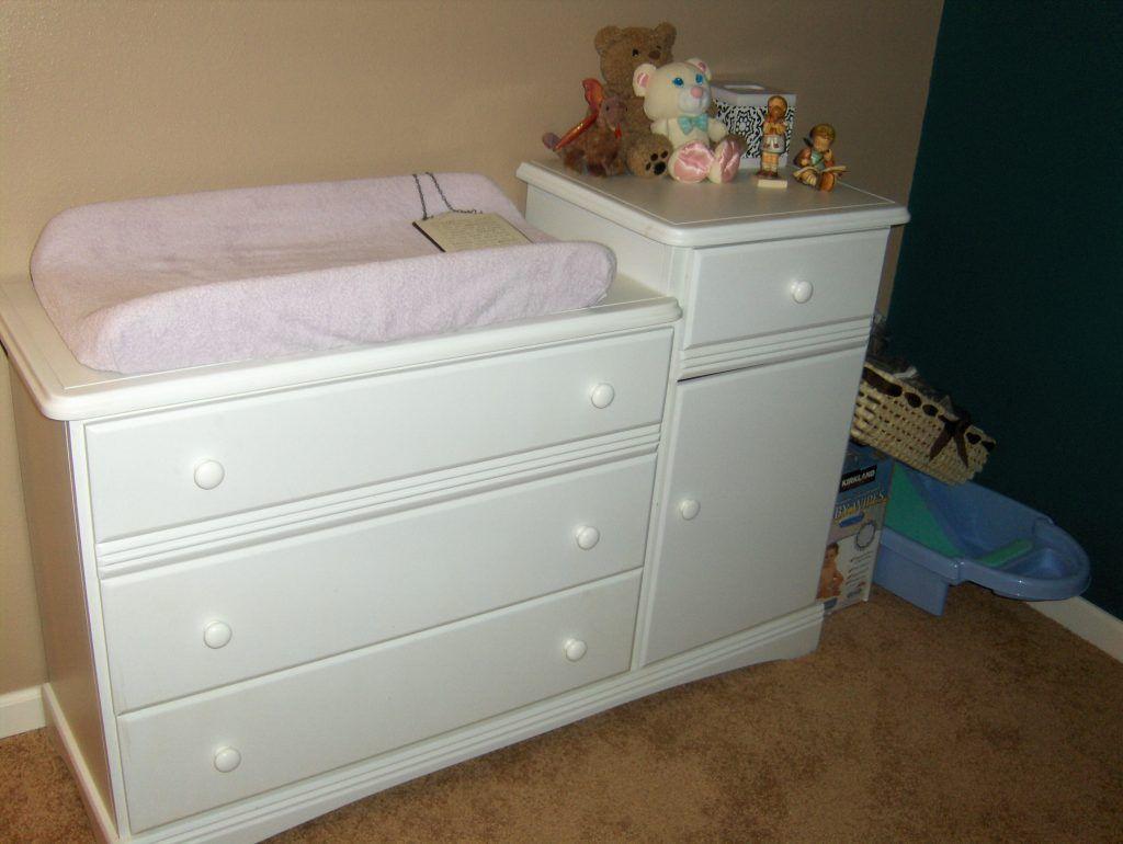 Vorteile Des Wickelkommode Fur Baby Schlafzimmer Badewanne Vicco Design Amazon Nursery Weiss Wickel Wickeltisch Kommode Wickeltischaufsatz Wickelkommode