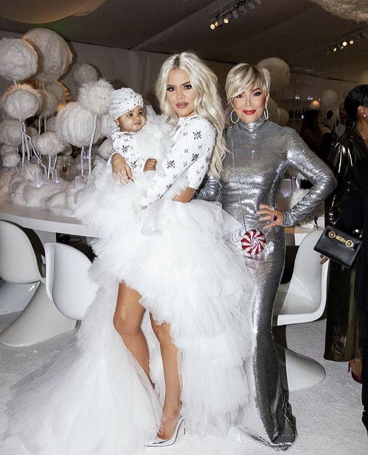 Pin By Deana Byrd On Kardashians Kardashian Christmas Christmas Outfit Khloe Alexandra Kardashian