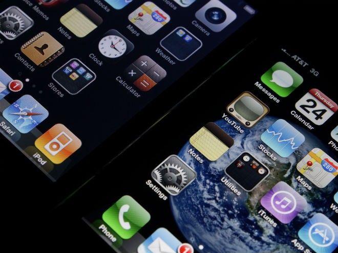 #Liveblog Lo que todos esperaban, habrá dos nuevos diseños del #iPhone.