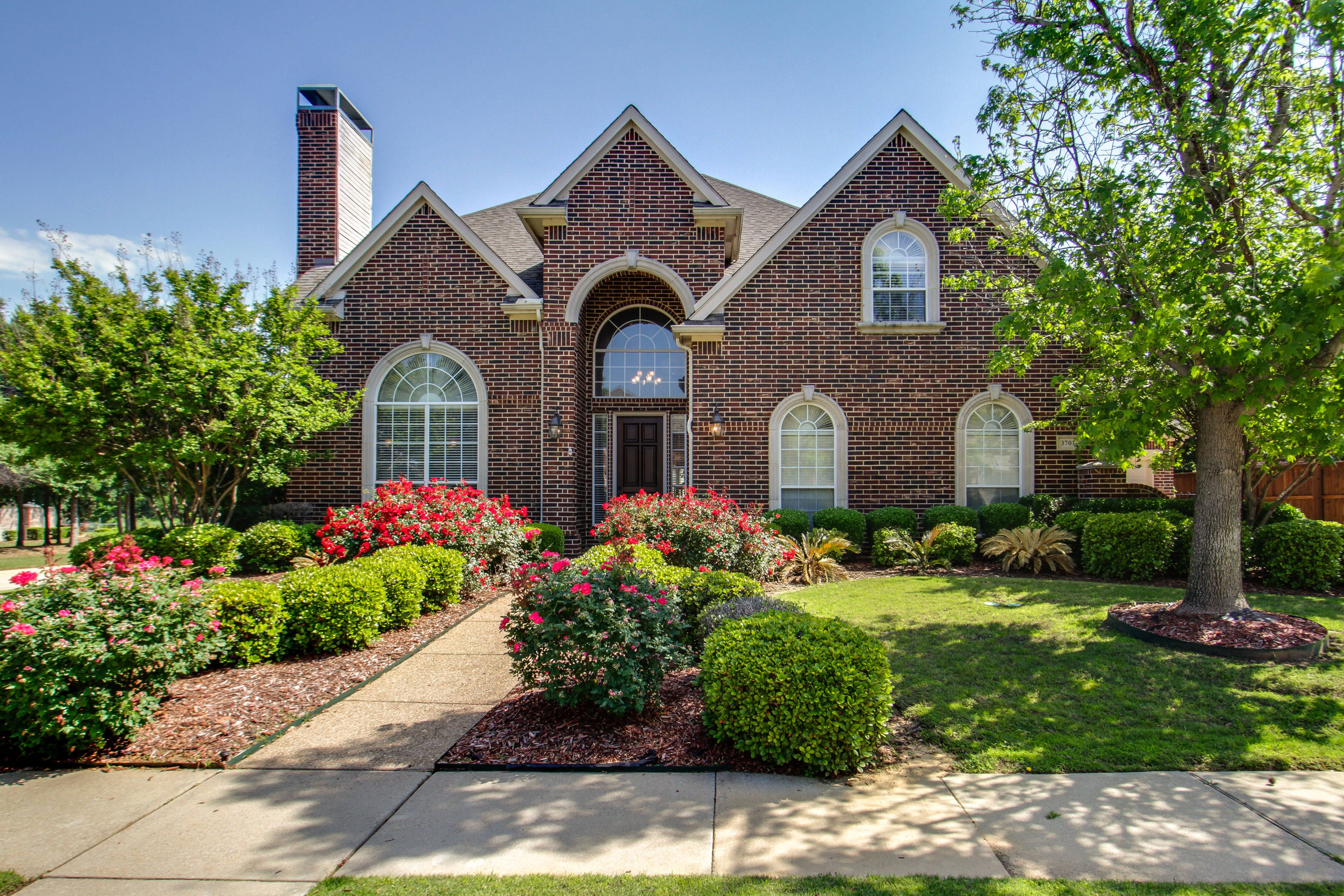 Luxurious Texas Dream Home For Sale Bridlewood, Flower