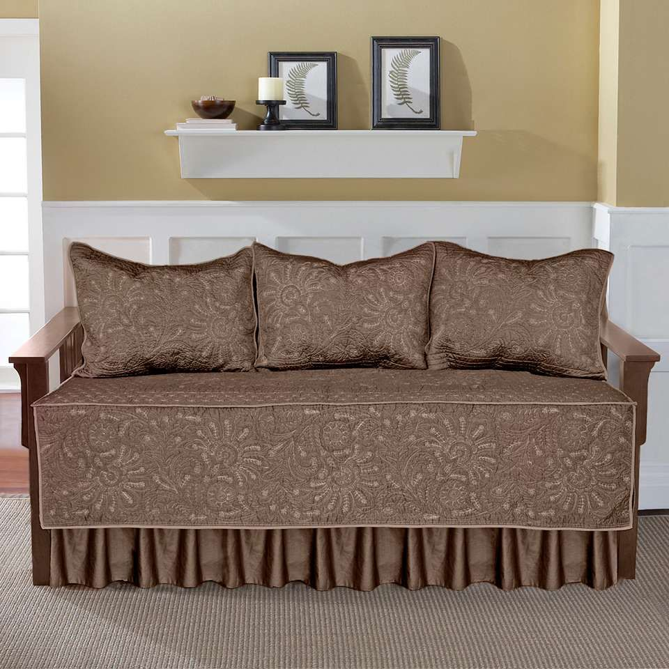 Depiction Of Day Bed Covers Ideas Daybed Bedding Sets