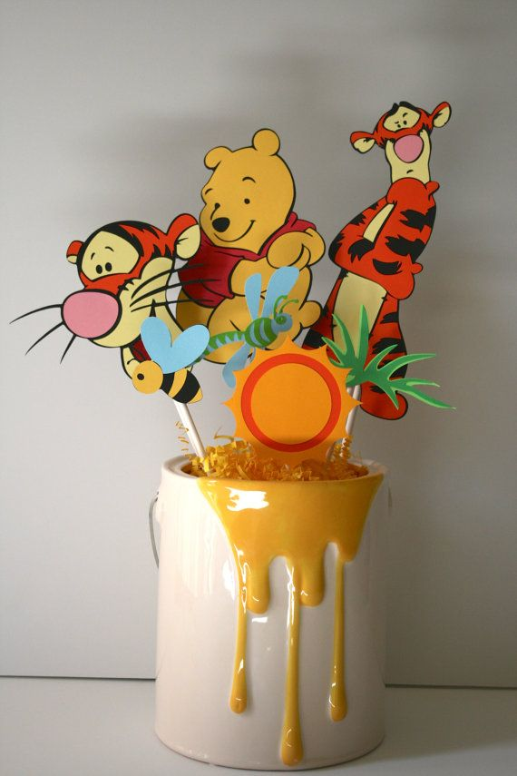 Tigger and Winnie the Pooh centerpiece by HandmadecardsbyHJM