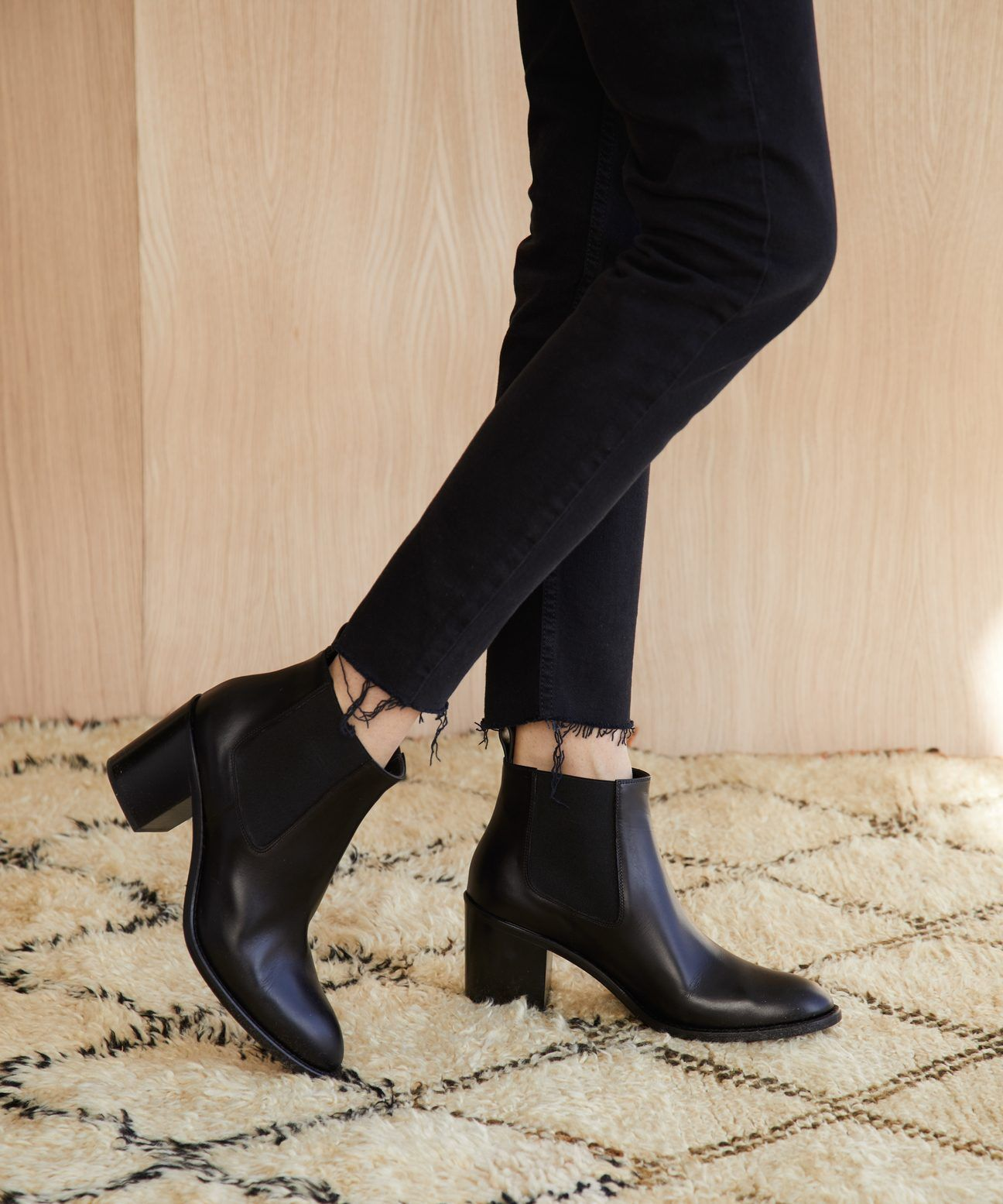 Heeled Chelsea Boot Black Boots Outfit Ankle Ankle Boots Outfit Summer Black Heeled Boots Outfit