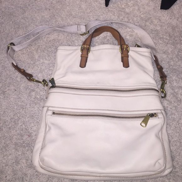 Fossil bag Like brand new ! Fossil Bags