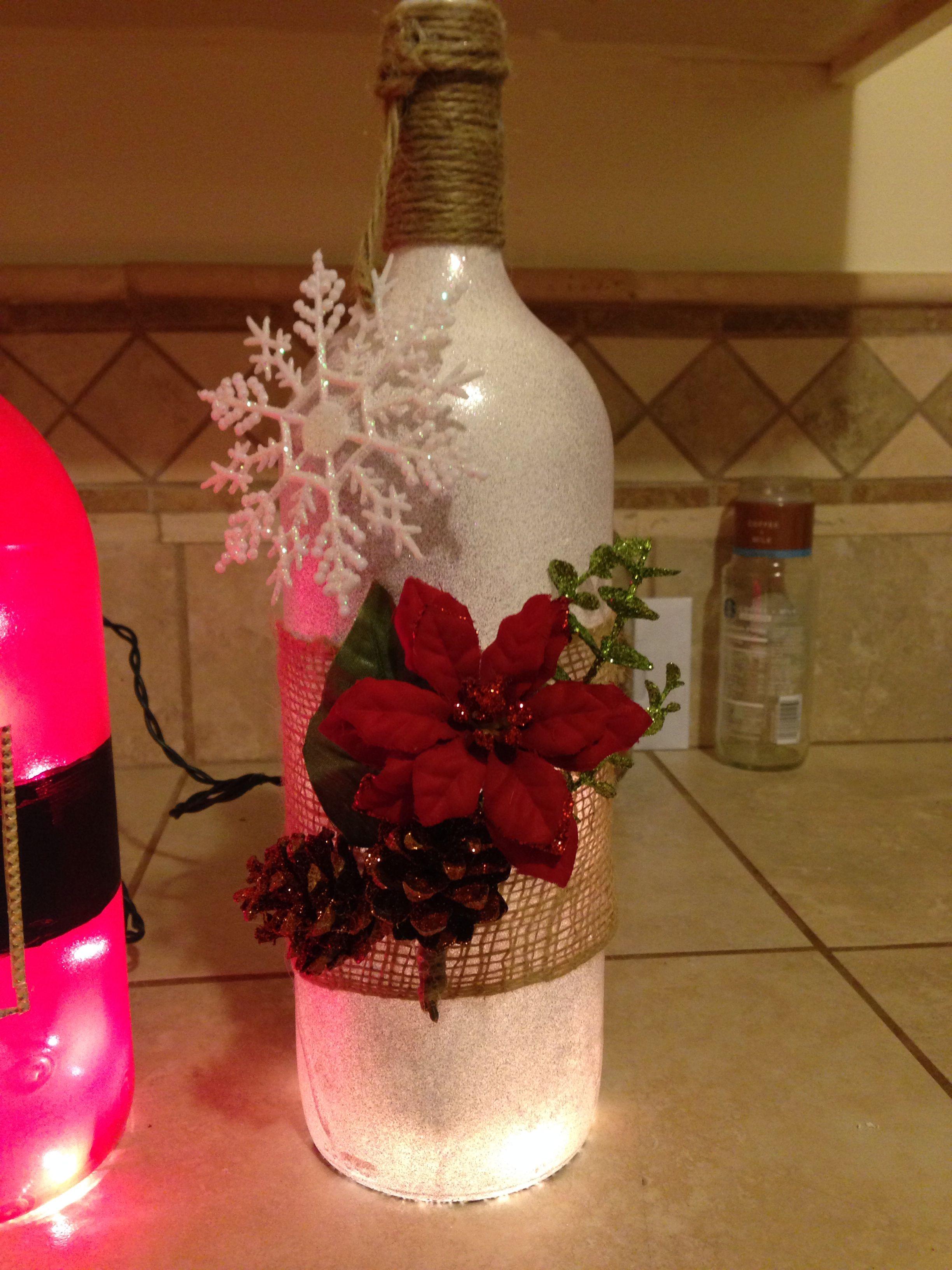 Christmas Lighted Wine Bottle Drill Hole With A Dremel Diamond 1 4 Bit Garrafas Decoradas Artesanato Reciclado Trabalhos Manuais
