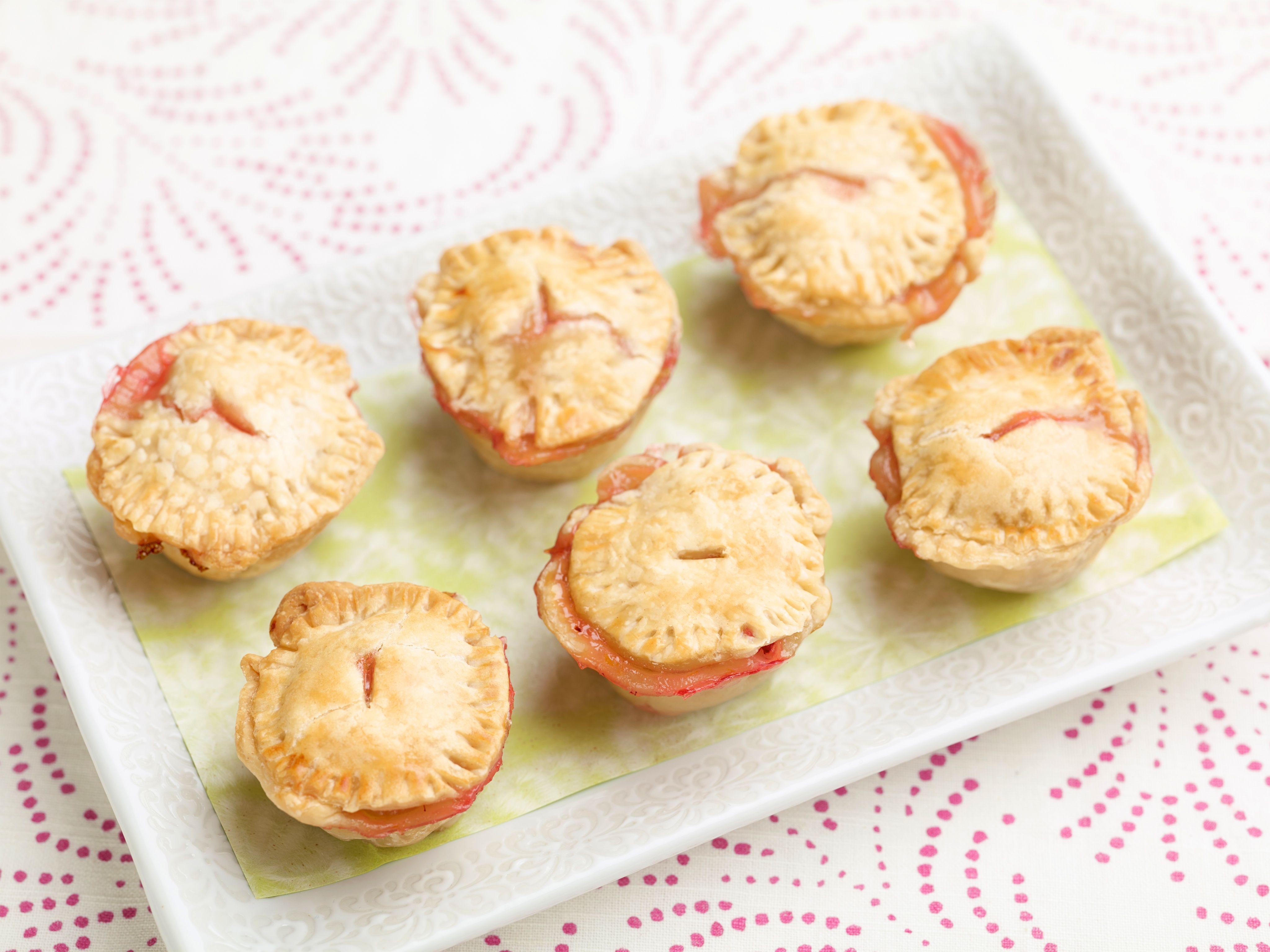 Baby strawberry and honey pies recipe giada de laurentiis pie baby strawberry and honey pies recipe giada de laurentiis pie recipes and pies forumfinder Gallery