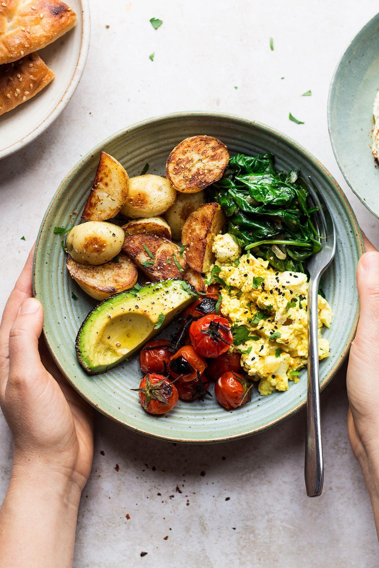 Savoury Vegan Breakfast Bowl Lazy Cat Kitchen Veganbreakfast In 2020 Breakfast Bowl Vegan Healthy Breakfast Recipes Savory Vegan