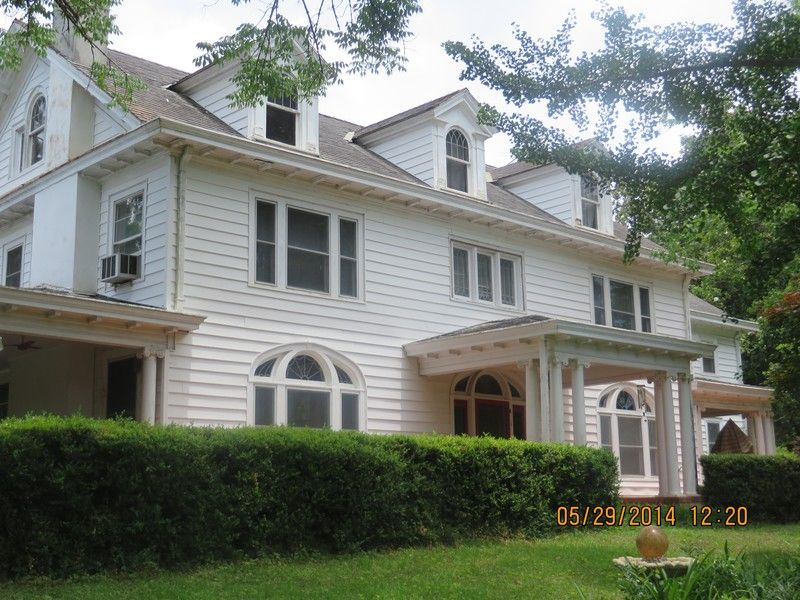 1918 Colonial Beautiful Historical Home on 5