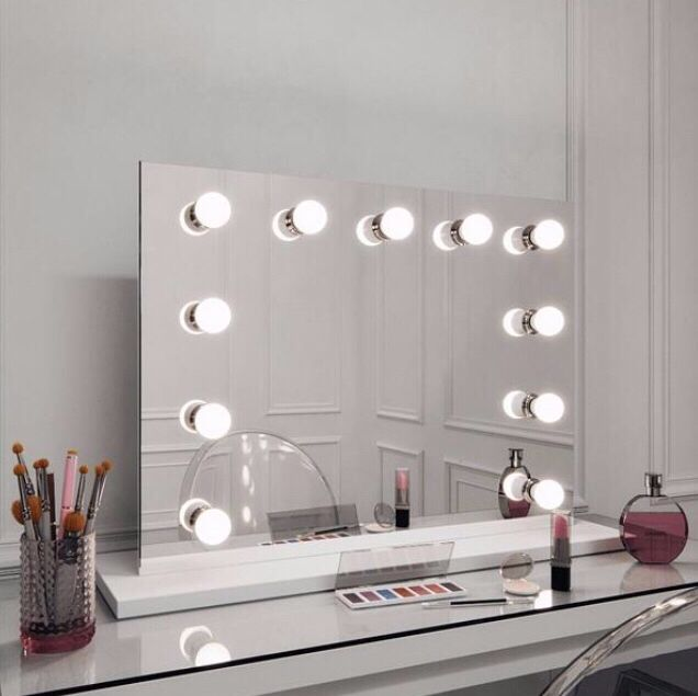 Hepburn Hollywood Style Mirror With Lights Landscape 60