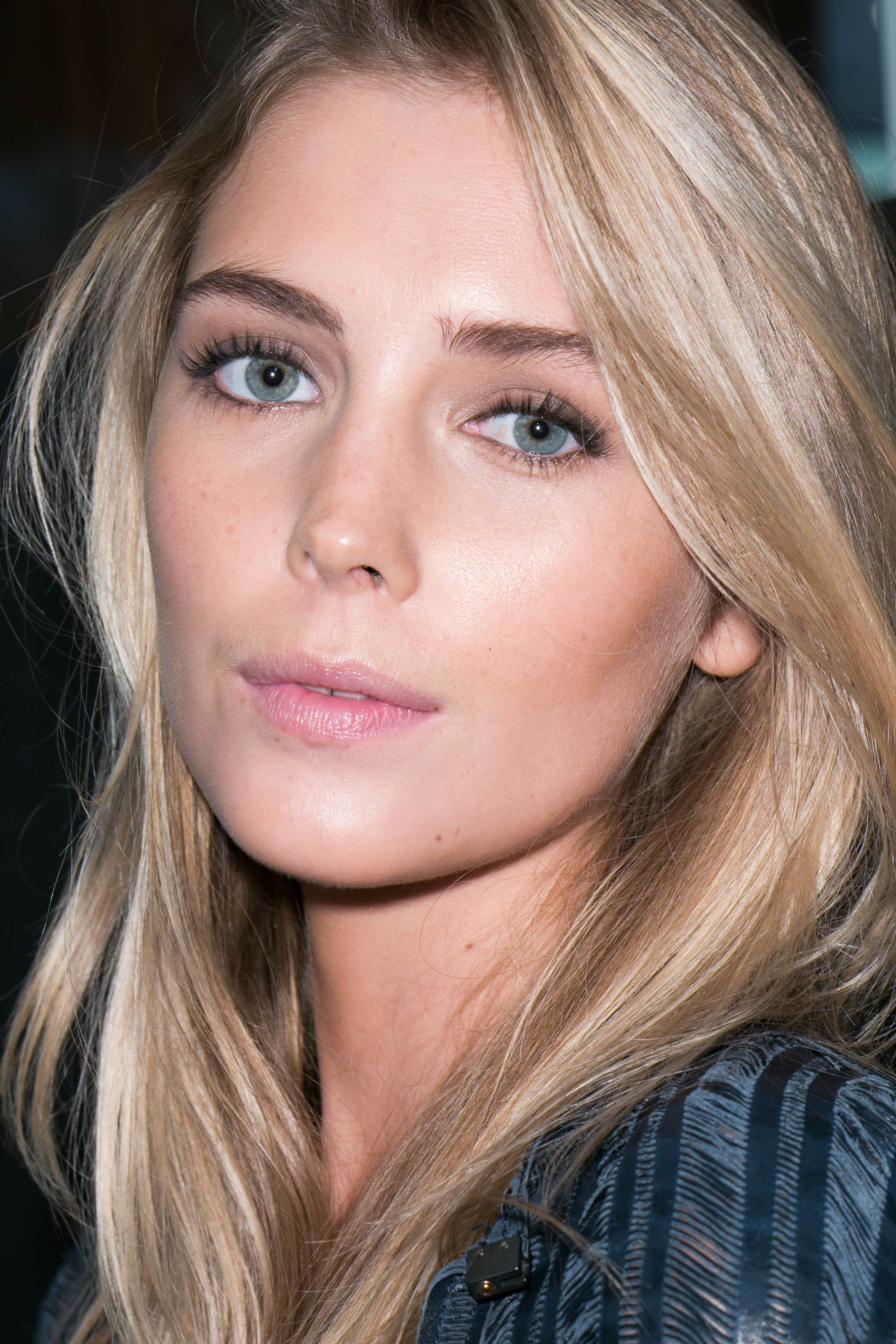 The Best Looks from Bobbi Brown for Spring. Make up