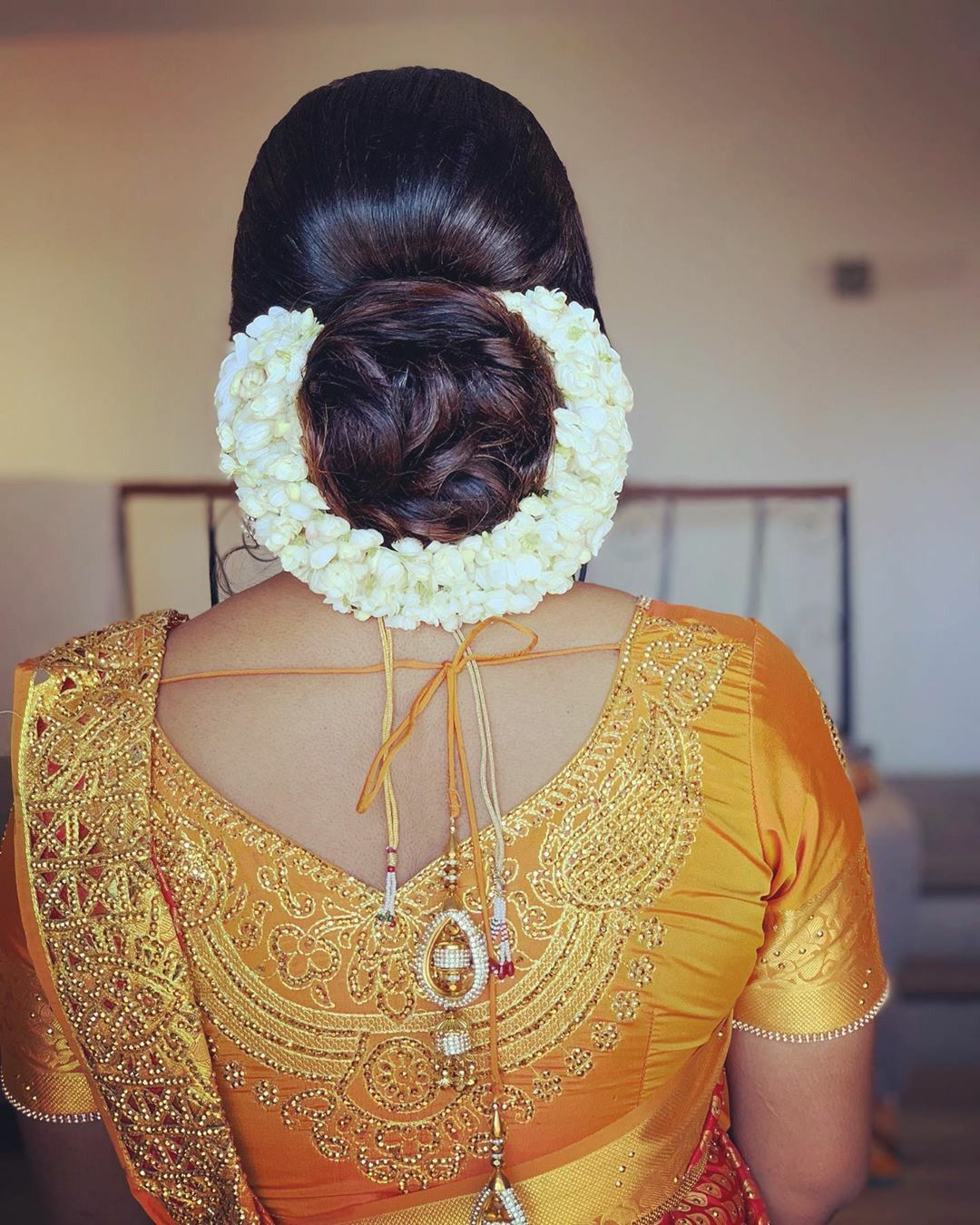 Pin By Pradeep Ray On Gajara Hair Bun In