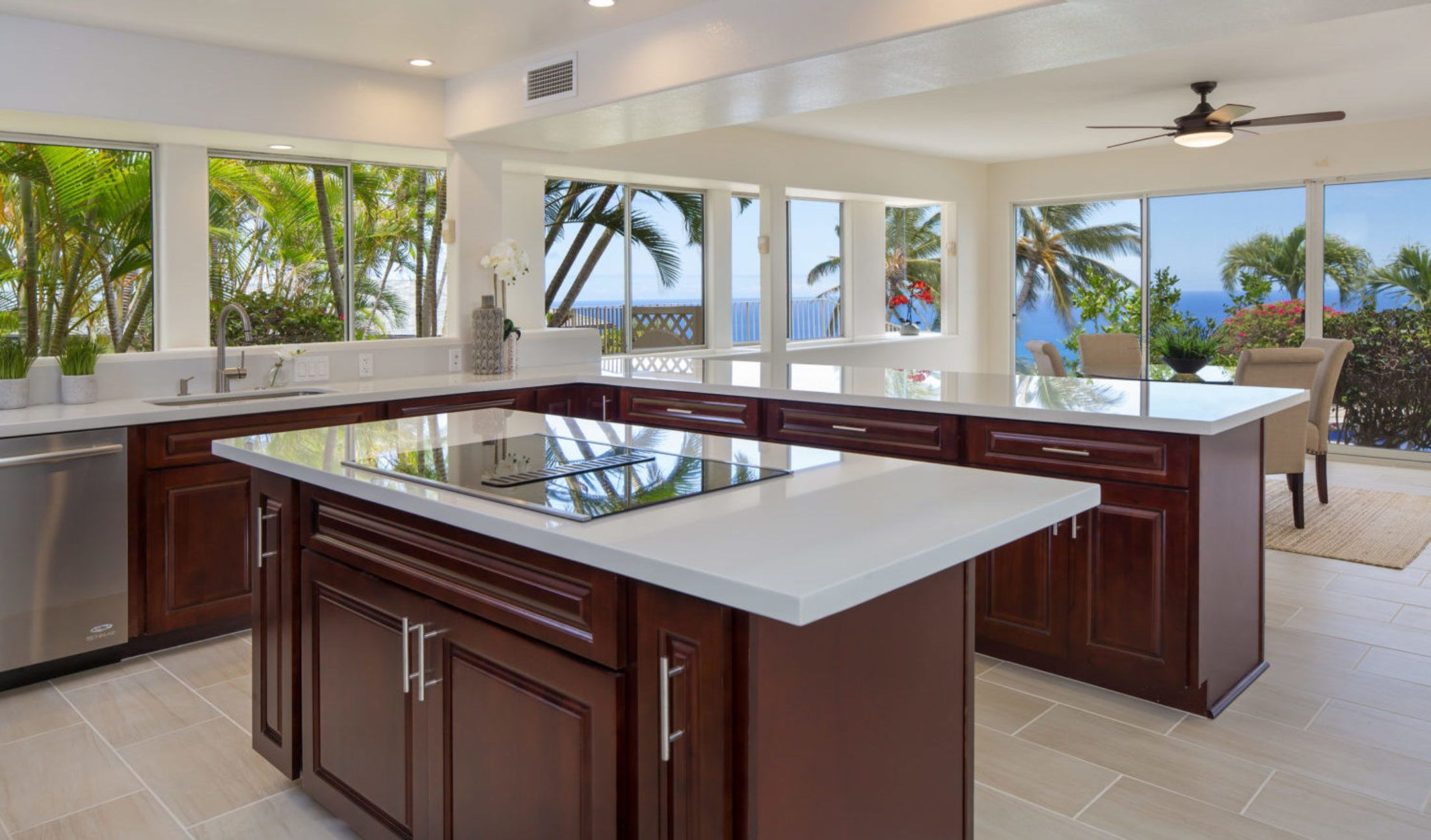 Kitchen Envy Where To Cook Up Your Thanksgiving Feast Hawaii Homes Kitchen Home