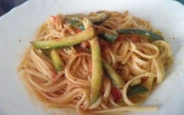 Spaghetti con zucchine e zenzero Bottarga di Tonno Campisi