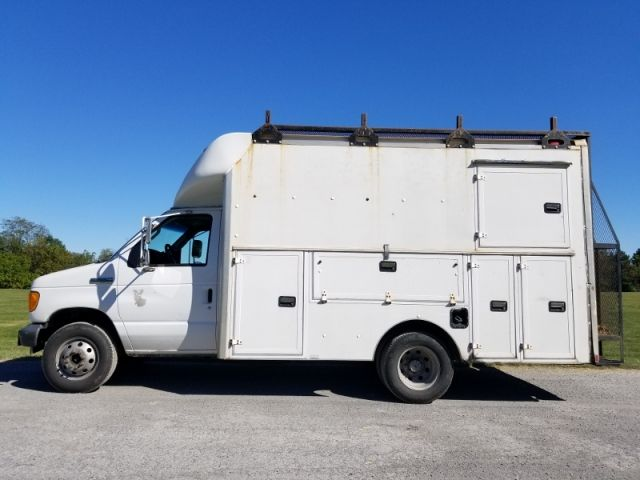 2007 Ford E-350 SD Cutaway Utility Truck | Trucks For Sale