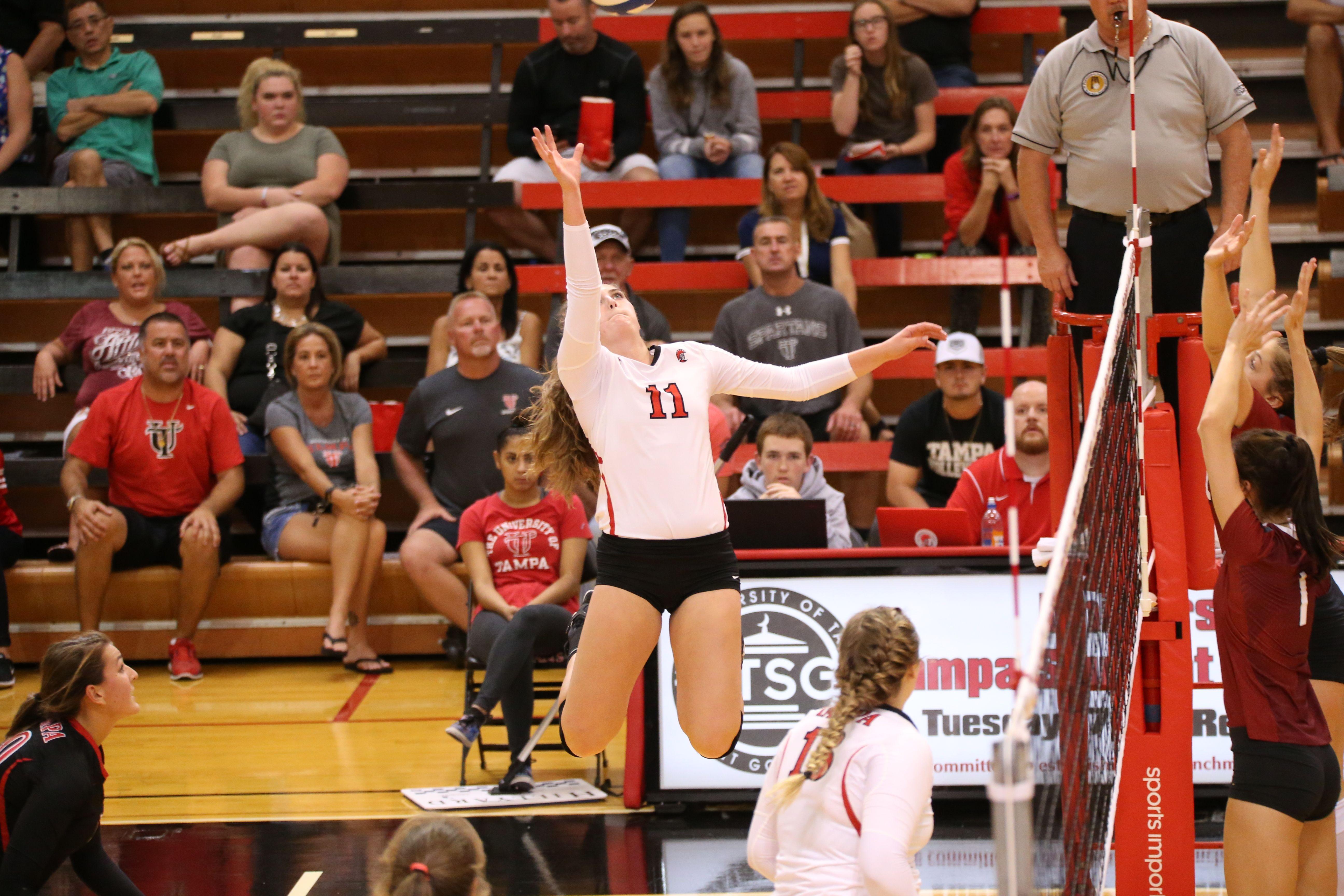 University Of Tampa Women S Volleyball Women Volleyball University Of Tampa Volleyball